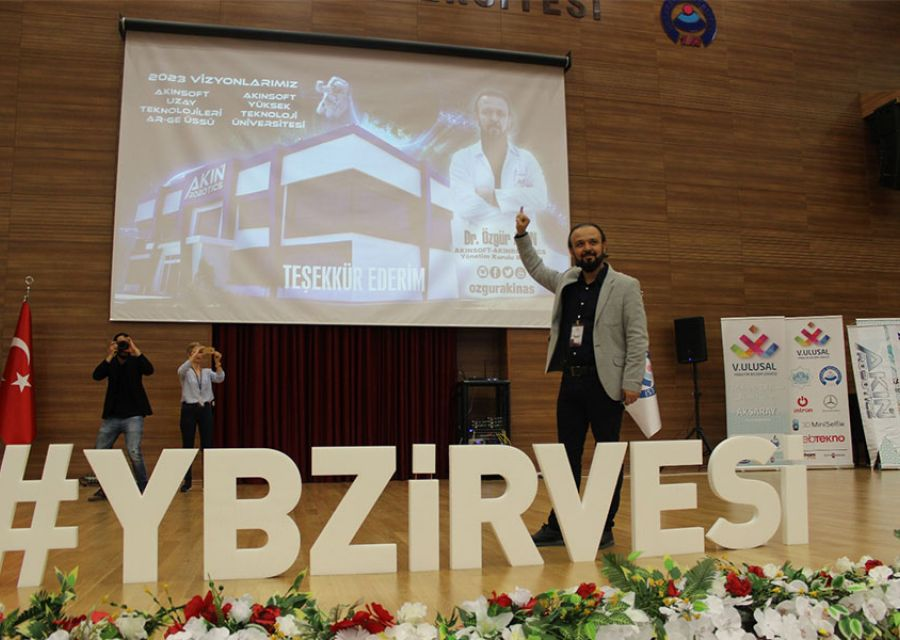 Ozgur AkınPhD in Aksaray University 5th National Management Information Technology Summit - 11