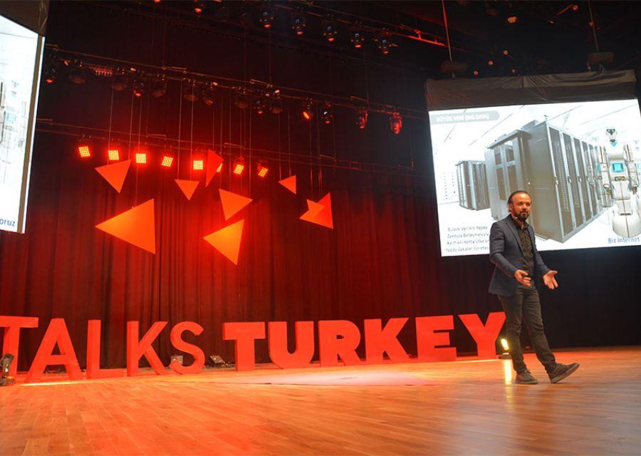 Ozgur Akin PhD the Chairman of AKINSOFTAKINROBOTICS in Talks Turkey Future Event - 9