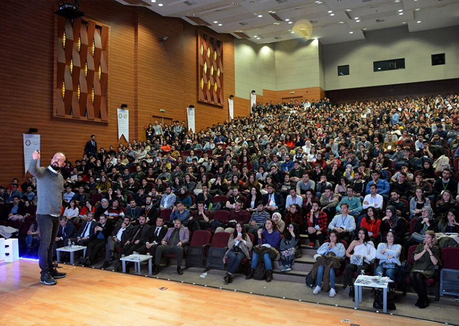 Ozgur AKIN PhD meets with the students of Erciyes University - 10